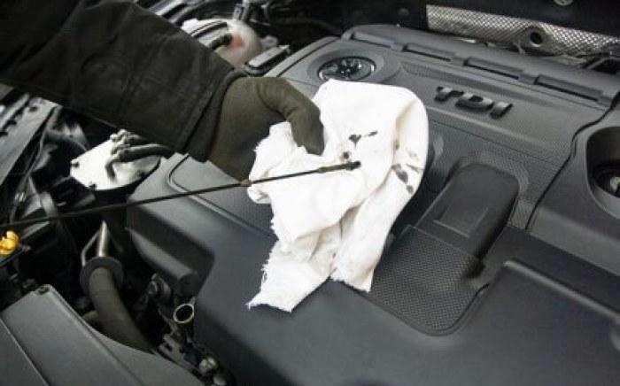 verification-huile-moteur-entretien-voiture